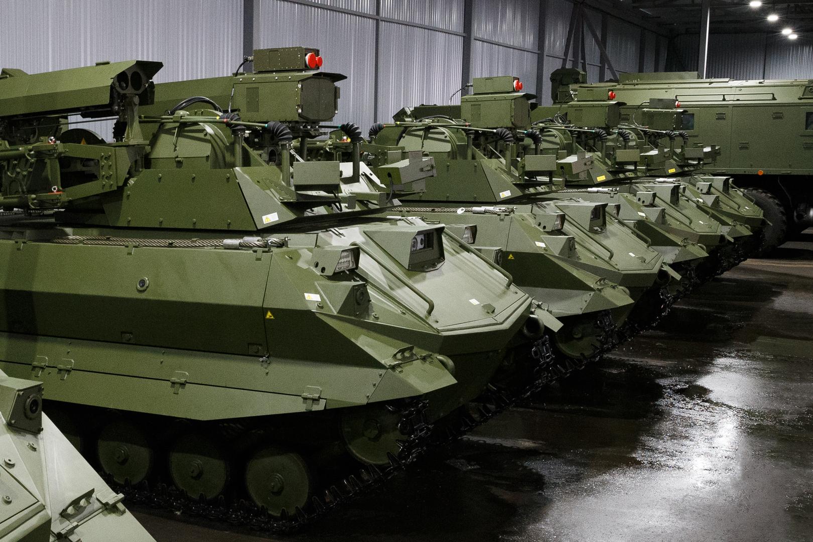 شويغو: بدء الإنتاج المتسلسل للروبوتات القتالية في روسيا