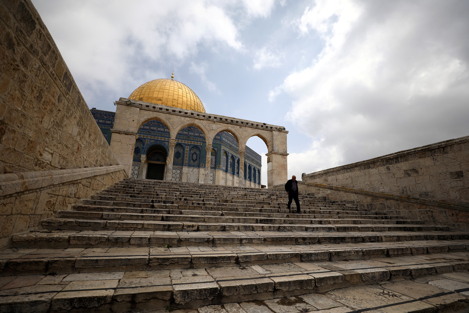 الخارجية الفلسطينية: استمرار اقتحامات الأقصى استهتار بالجهود المبذولة لتثبيت التهدئة