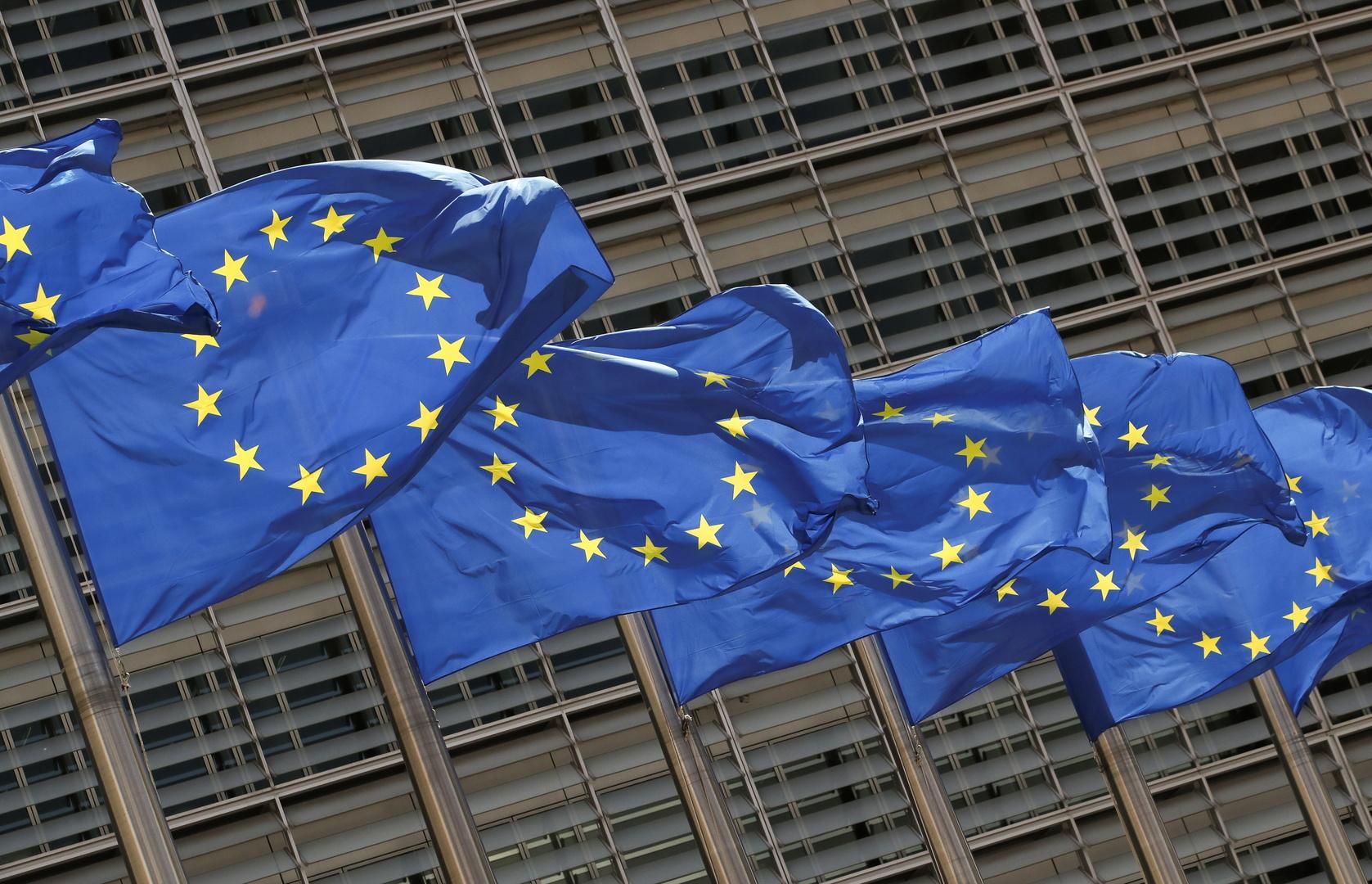 الاتحاد الأوروبي يصادق على الشهادة الصحية وينقسم حول خطة المناخ