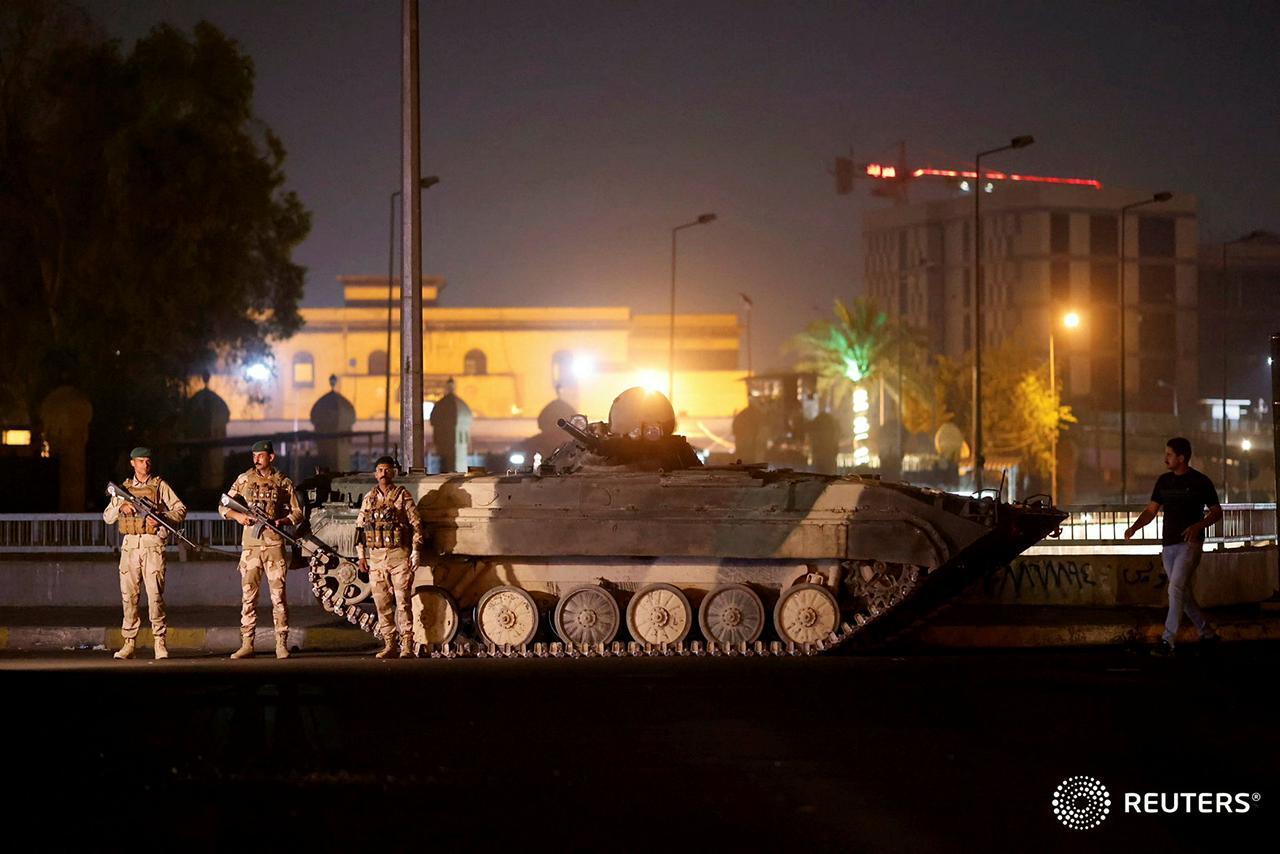مراسلنا: القوات العراقية تنشر دبابات في بعض شوارع بغداد (فيديو)