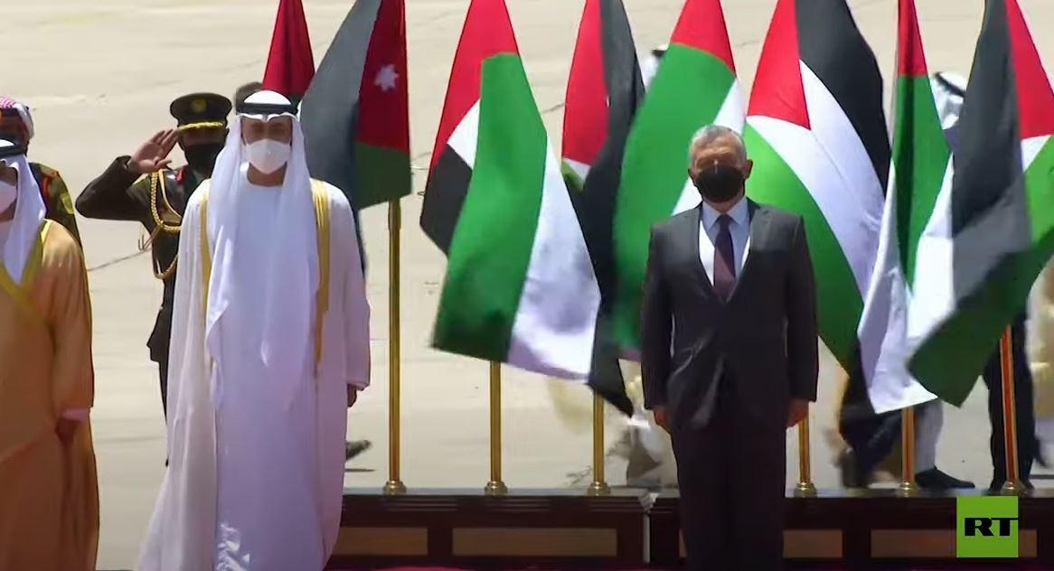 العاهل الأردني يستقبل ولي عهد أبوظبي في عمان