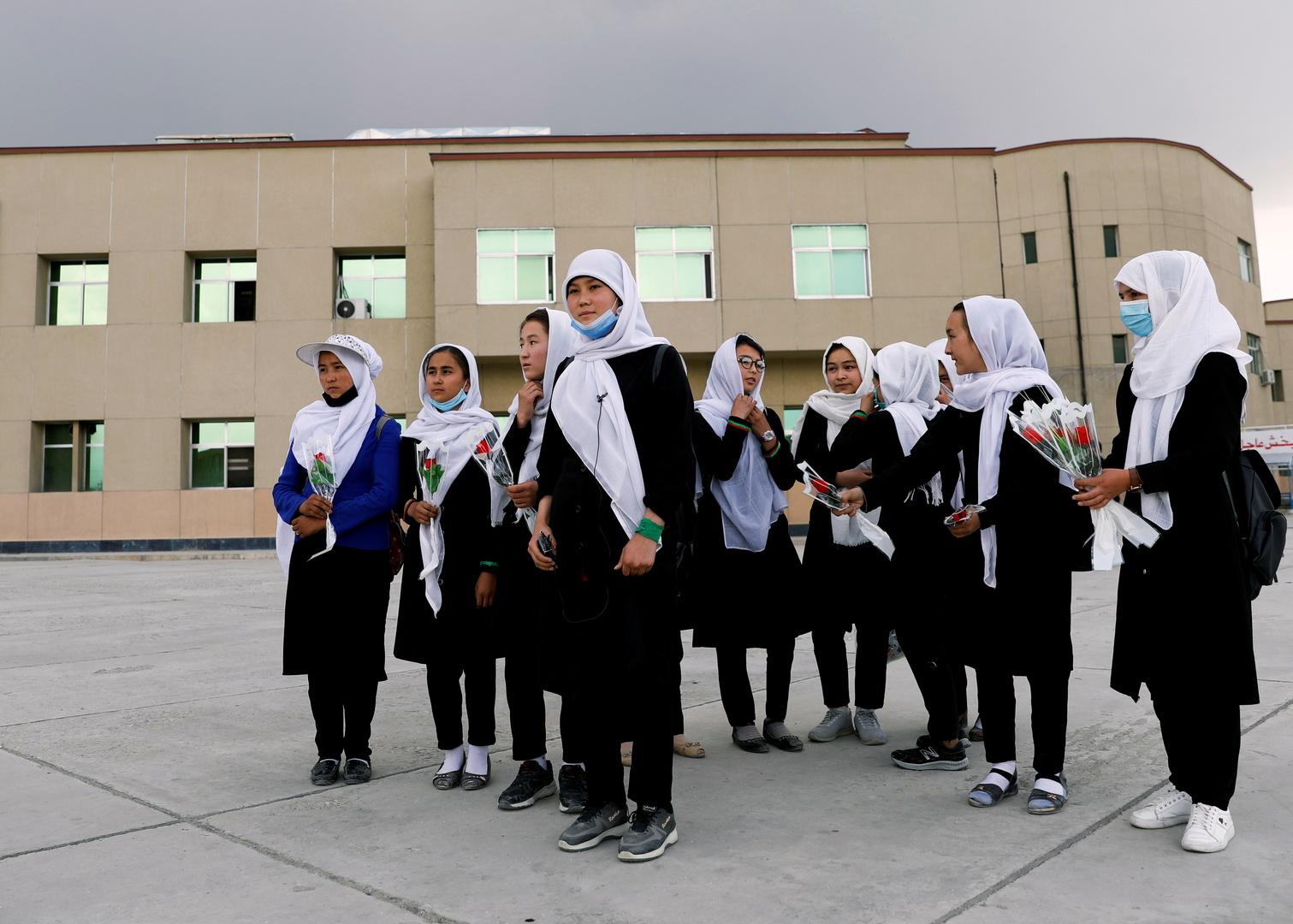 أفغانستان تعلن إغلاق الجامعات والمدارس في ولايات البلاد لمدة أسبوعين