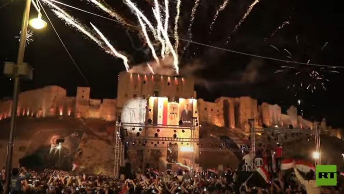 الألعاب النارية تضيء سماء حلب احتفالا بفوز بشار الأسد في الانتخابات