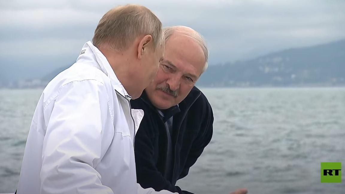بوتين يستضيف لوكاشينكو على متن يخت في البحر الأسود
