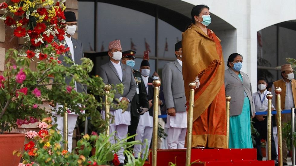وكالة: رئيسة نيبال طلبت من بوتين المساعدة في اقتناء لقاح