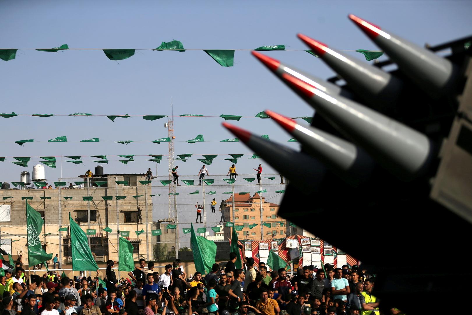 ديلي ميرور تنشر المعلومة بلا دليل: عملاء الموساد أعطبوا مئات من صواريخ حماس