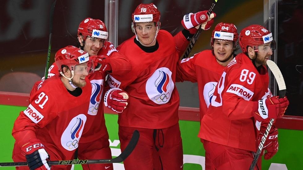 روسيا تتأهل إلى ربع نهائي بطولة العالم لهوكي الجليد (فيديو)