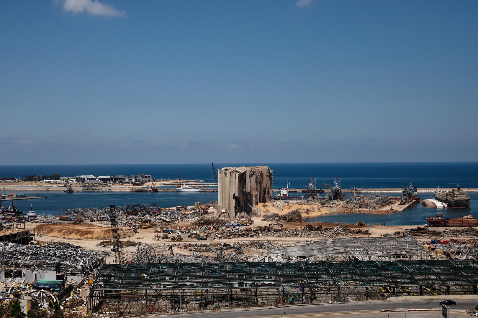 لبنان يتلقى تقريرا فرنسيا بشأن انفجار مرفأ بيروت
