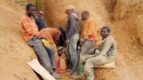 مصرع 15 شخصا على الأقل من الباحثين عن الذهب في غينيا