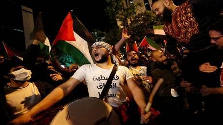 """ردددوا شعارات """"تسقط أمريكا وإسرائيل"""".. احتجاجات حاشدة في تركيا من أجل القدس والأقصى"""