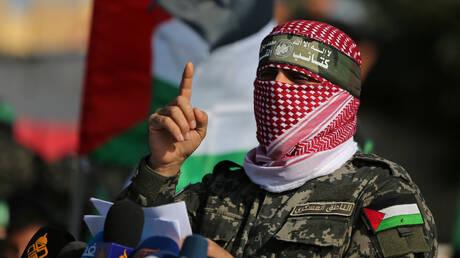 """""""كتائب القسام"""" تعلن """"رفع حظر التجول عن تل أبيب"""" حتى الساعة 12 بأمر من الضيف"""