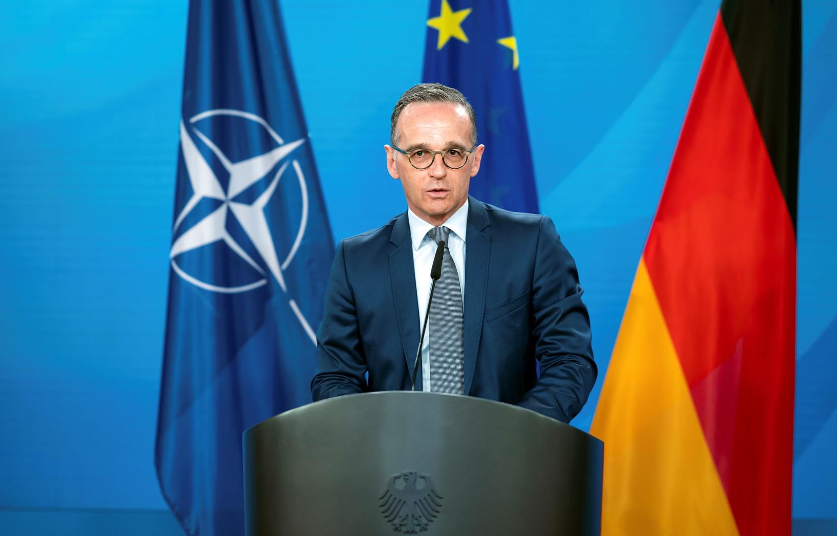 ألمانيا تعلق على طلب أوكرانيا تزويدها بالسلاح وتؤكد أنه لن يساعد على حل الصراع