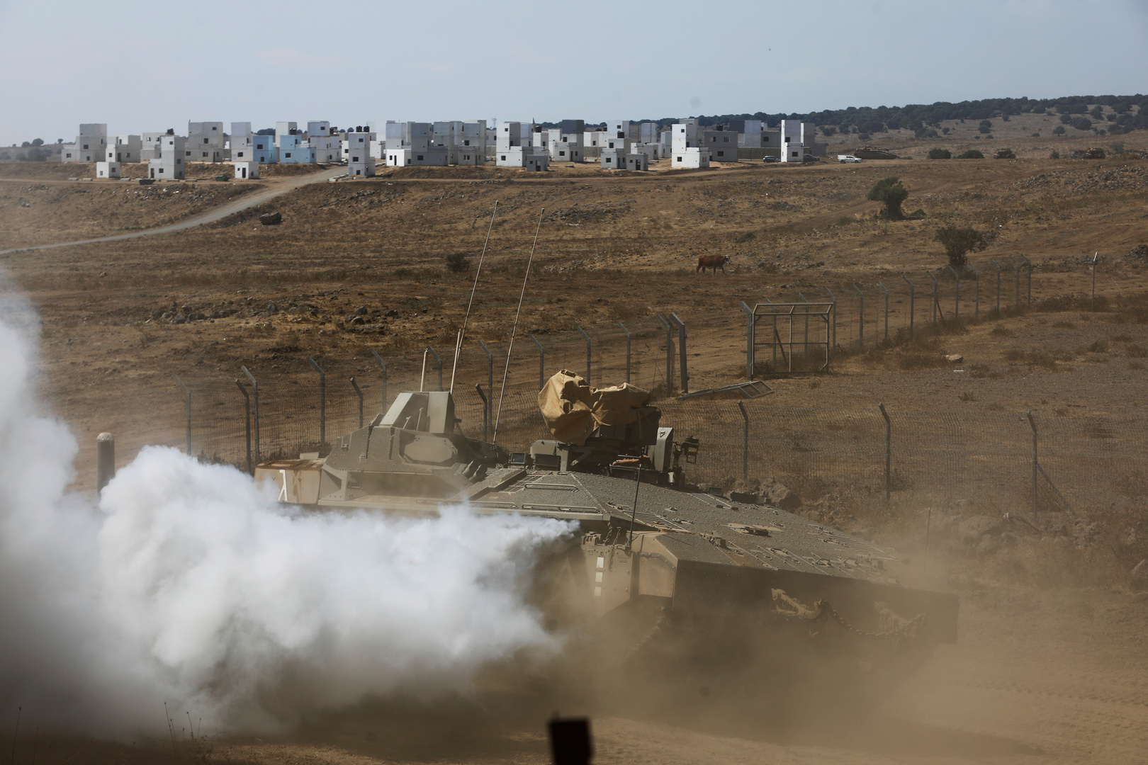 عربة عسكرية إسرائيلية في منطقة الجولان (صورة من الأرشيف)