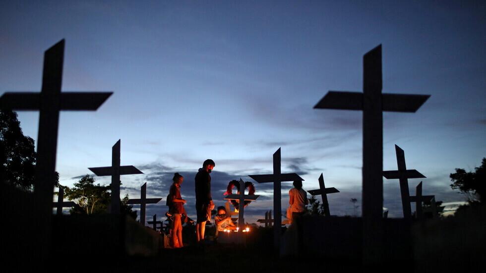 البرازيل تسجل 78296 إصابة و2408 وفيات جديدة بكورونا