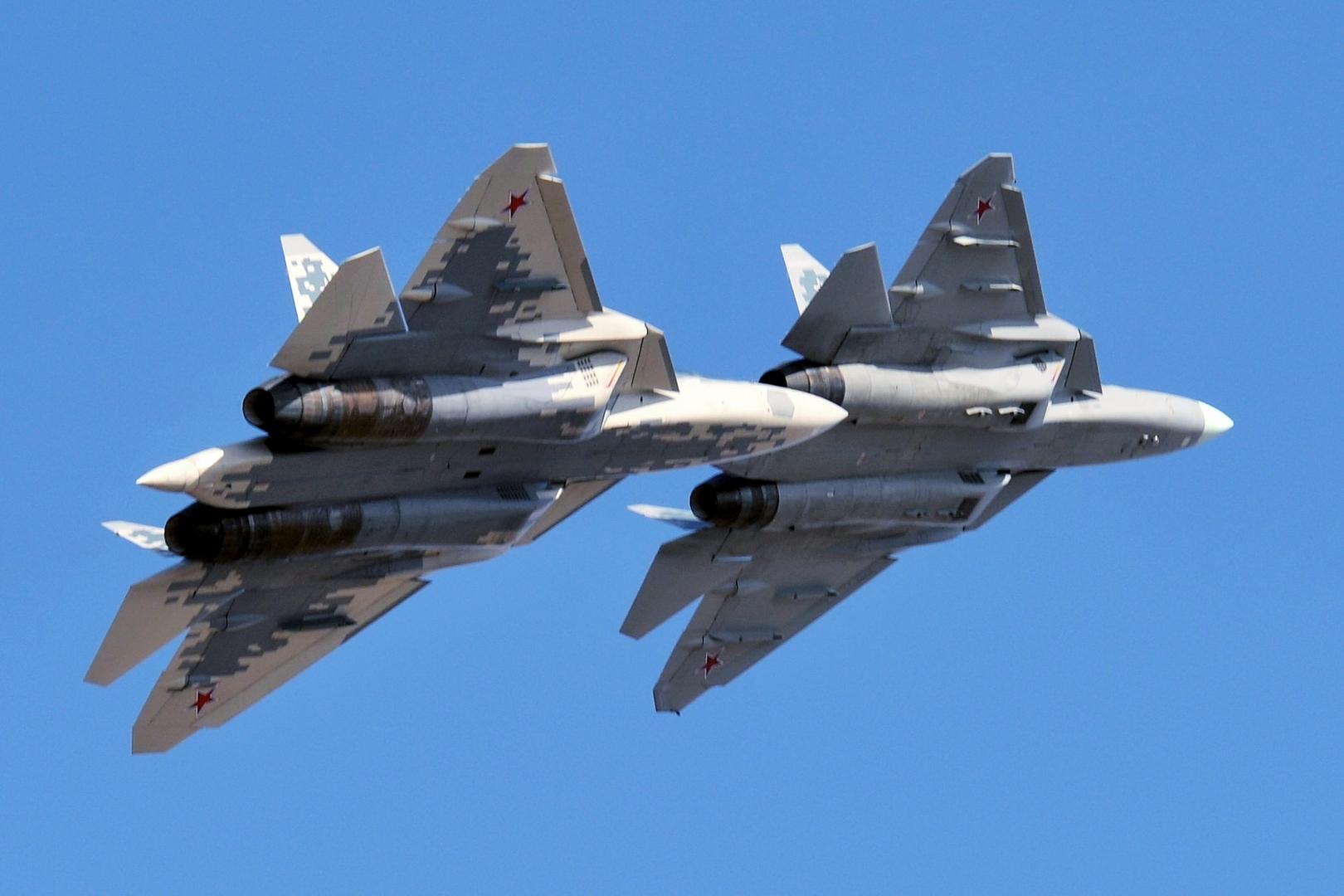 الراغبون بشراء المقاتلة الروسية الأحدث