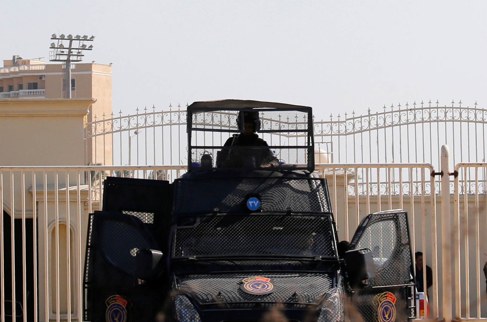 مصر.. سقوط 10 قتلى و7 جرحى في اشتباك مسلح بين عائلتين في قنا