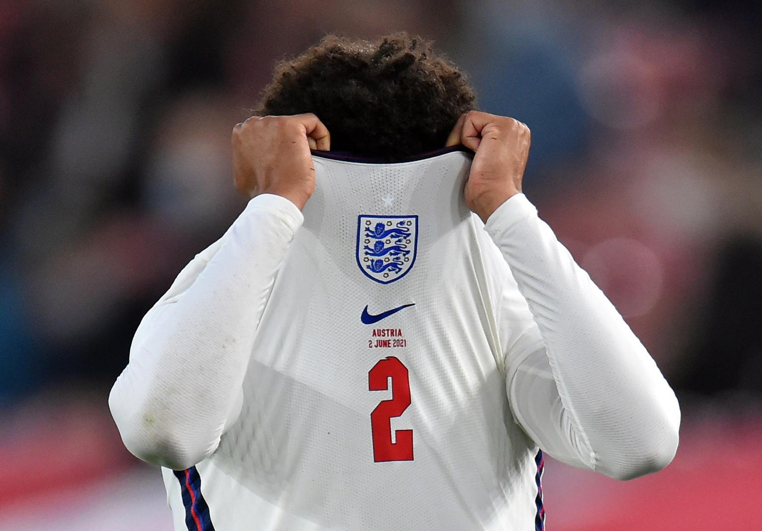 جرس إنذار يقرع داخل صفوف المنتخب الإنجليزي