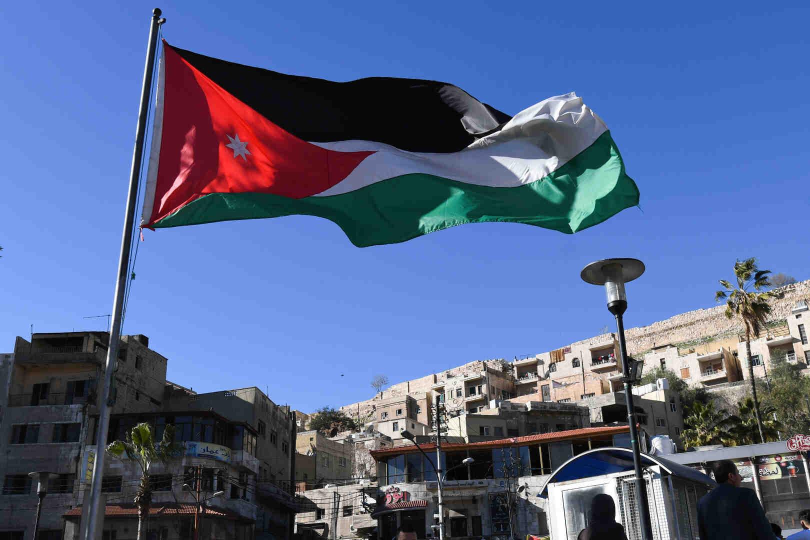 وسائل إعلام: شكوى للبنك الدولي ضد وزير أردني