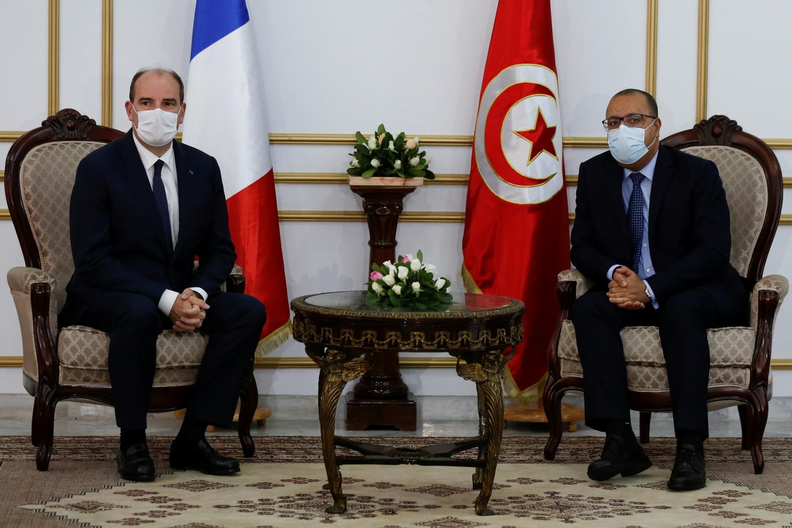 رئيس الوزراء الفرنسي يصل إلى تونس