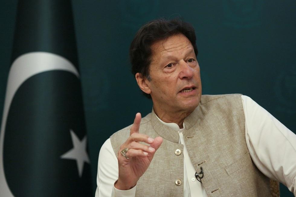 خان: باكستان تسعى لتسوية سياسية في أفغانستان قبل انسحاب القوات الأجنبية