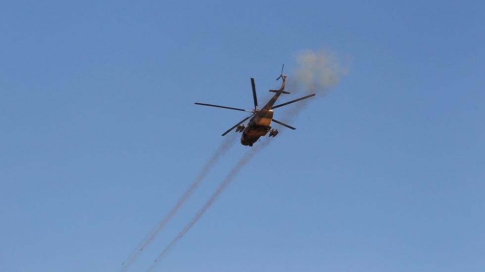 أنباء عن مقتل 12 عنصرا من قوات موالية للحكومة بنيران الجيش الأفغاني