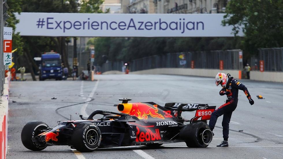 توقف سباق أذربيجان للفورمولا 1 بعد حادث للهولندي فرستابن