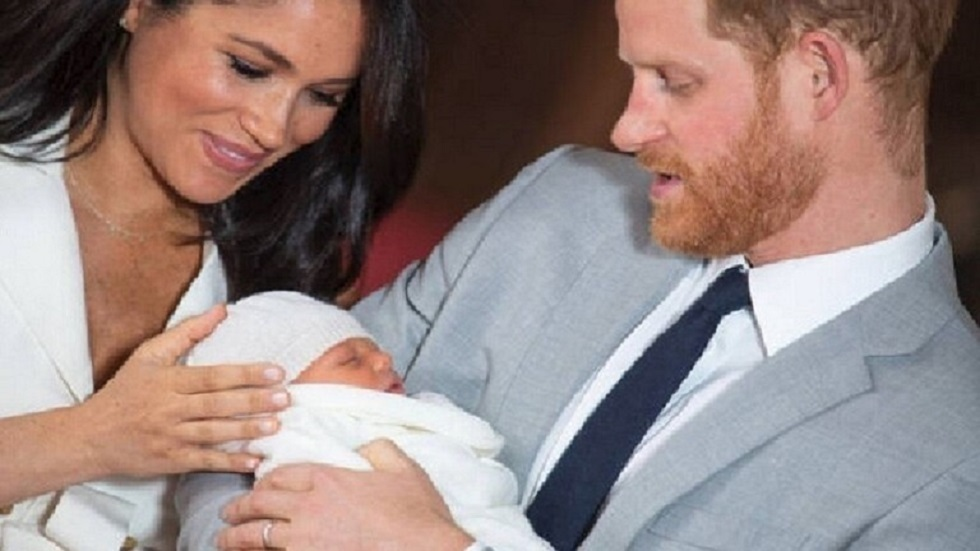 الأمير هاري وزوجته ميغان يرزقان بمولودة سمياها ديانا - ليليبيت
