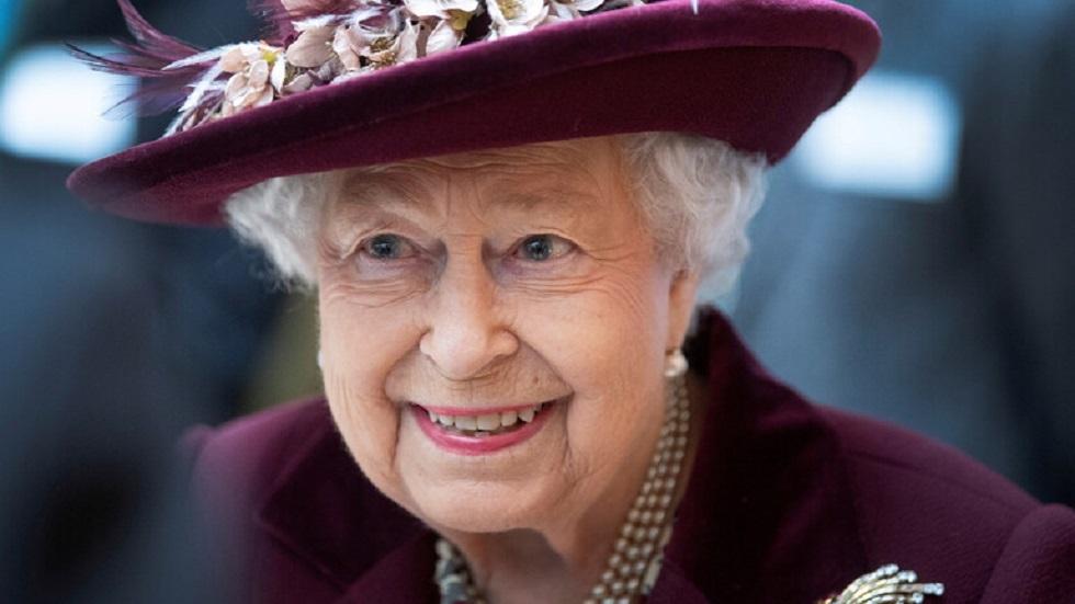 ملكة بريطانيا إليزابيث الثانية - أرشيف