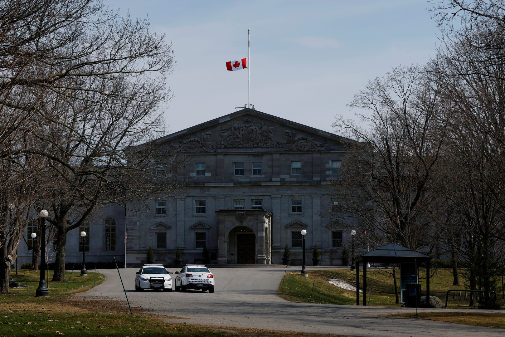 كندا: مقتل 4 أفراد من عائلة مسلمة بحادث دهس متعمد