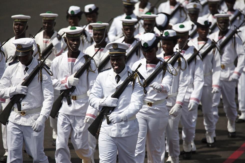 السنغال.. ضبط أكثر من 8 أطنان من الحشيش في البحر