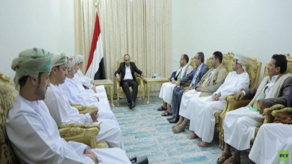 الوفد العُماني يواصل مشاوراته في صنعاء