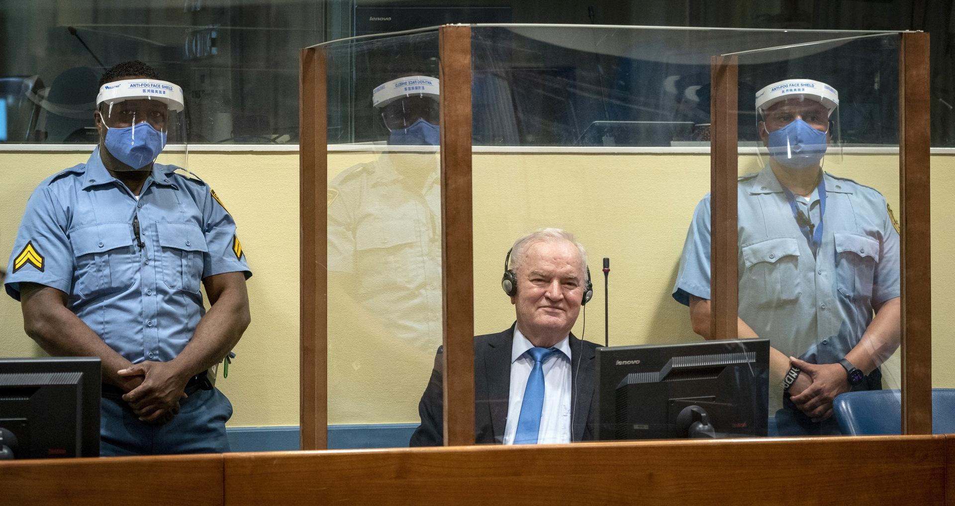 روسيا: نطالب بفحص طبي مستقل لملاديتش.. وقرار غرفة الاستئناف بشأنه مسيس