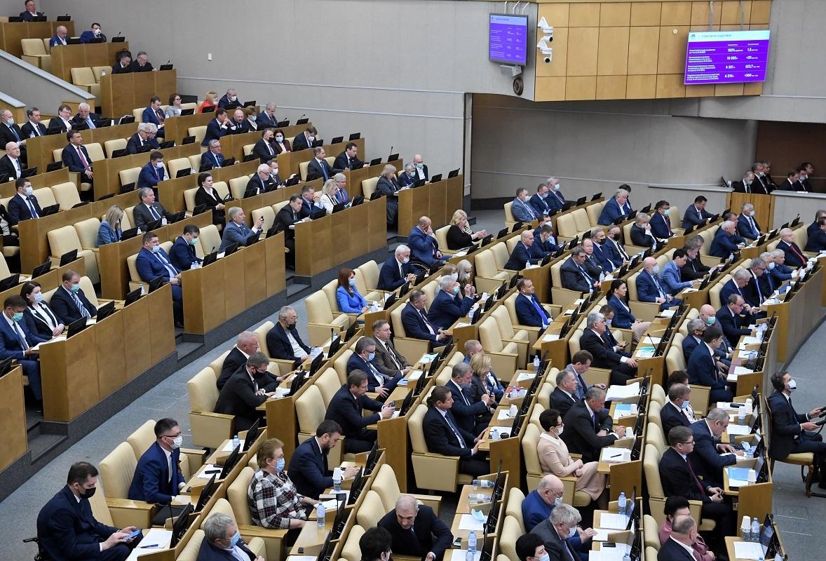 الدوما الروسي يحظر الخلط بين دور الاتحاد السوفيتي ودور ألمانيا النازية وحلفائها
