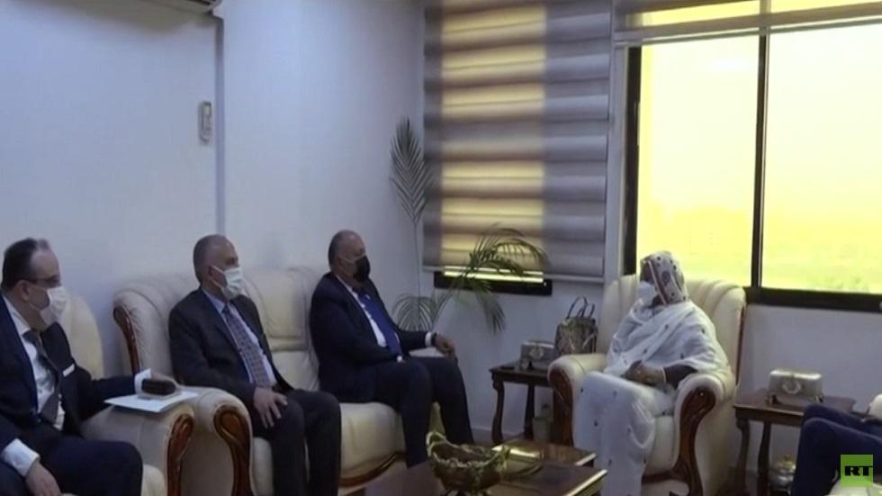 خبير مصري: إثيوبيا تتبع استراتيجية كسب الوقت ولم تظهر التزاما بحل أزمة سد النهضة
