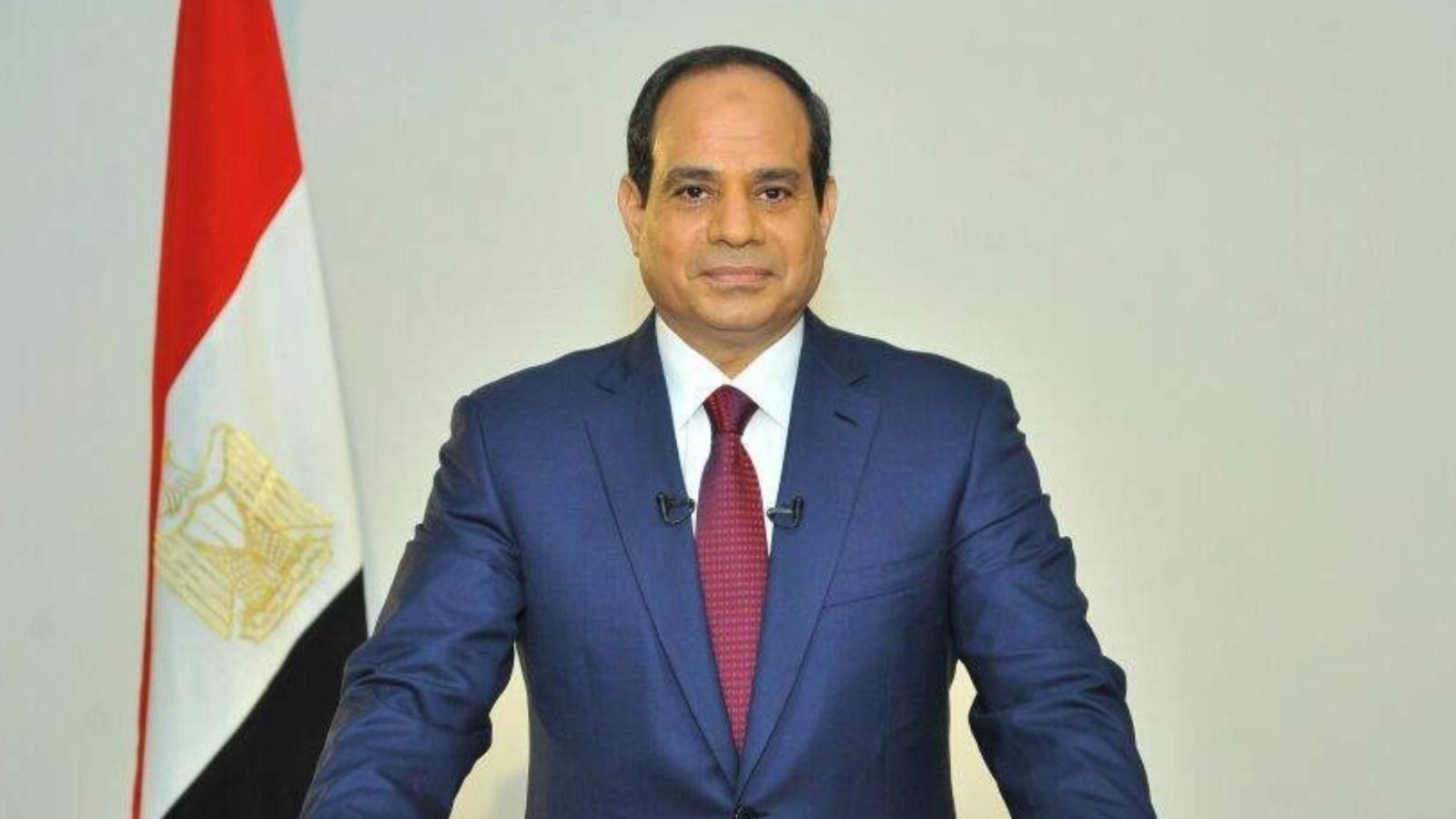 السيسي يصدر قرارا بمعاقبة قاض كبير وتخصيص أراض جديدة للجيش المصري