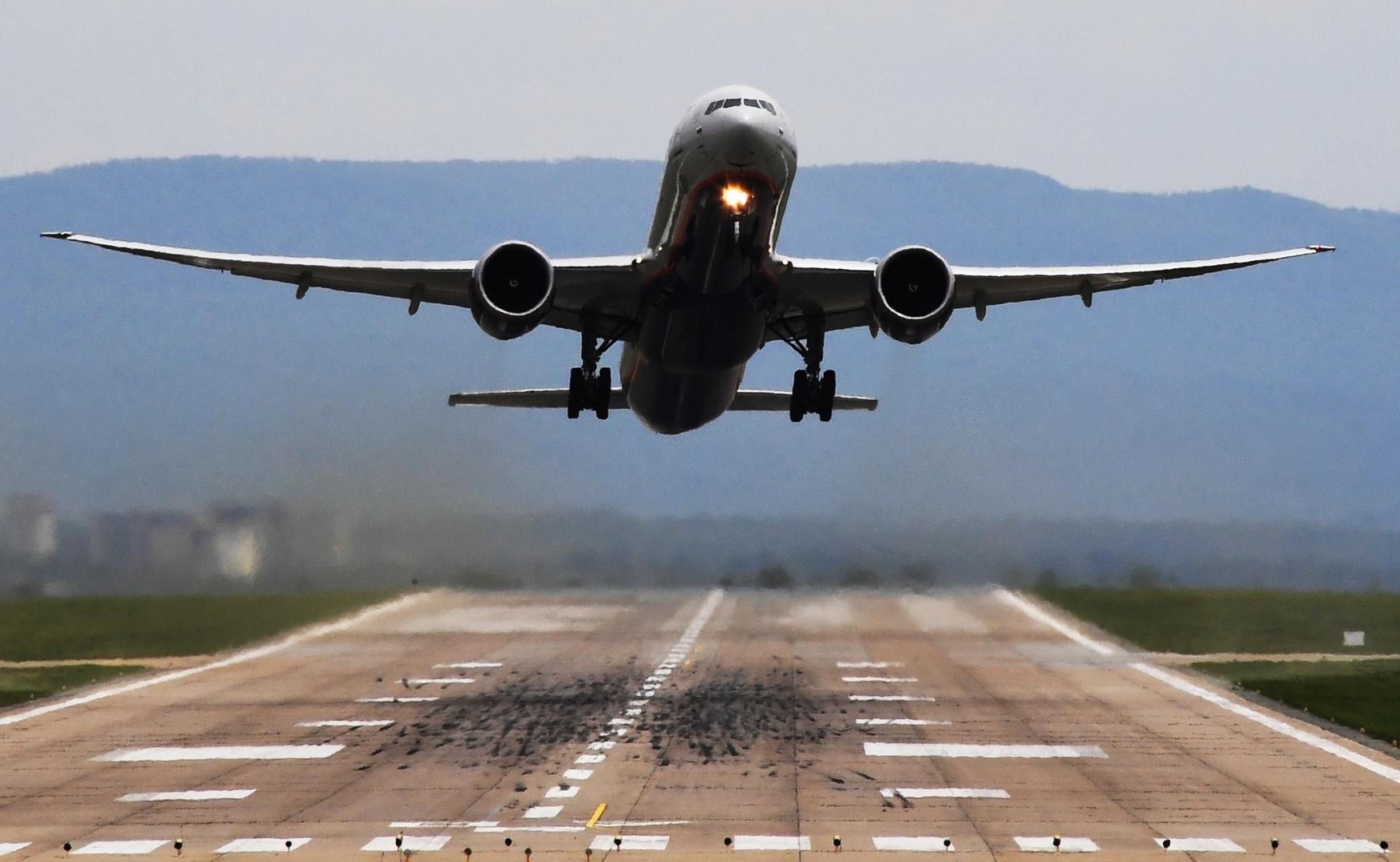 وزير السياحة التركي يعلق على مسألة استئناف رحلات الطيران مع روسيا
