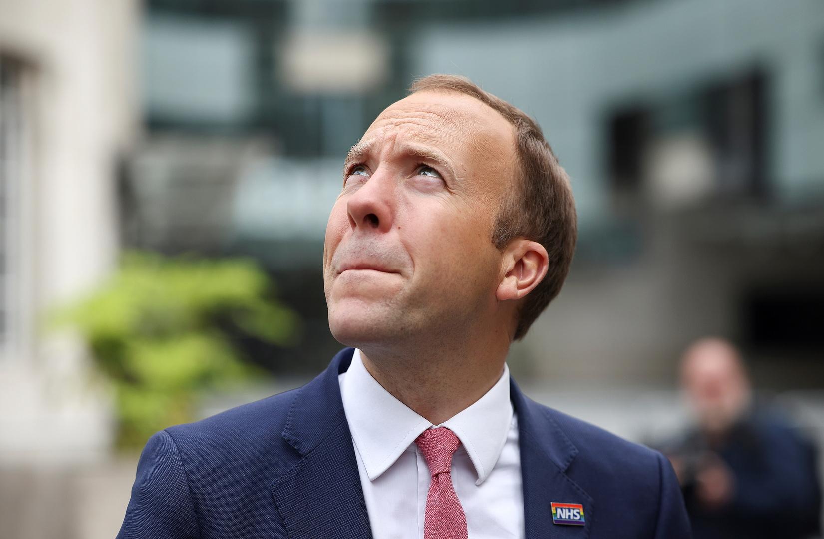 وزير الصحة البريطاني يؤكد اتباع الإرشادات حول كورونا