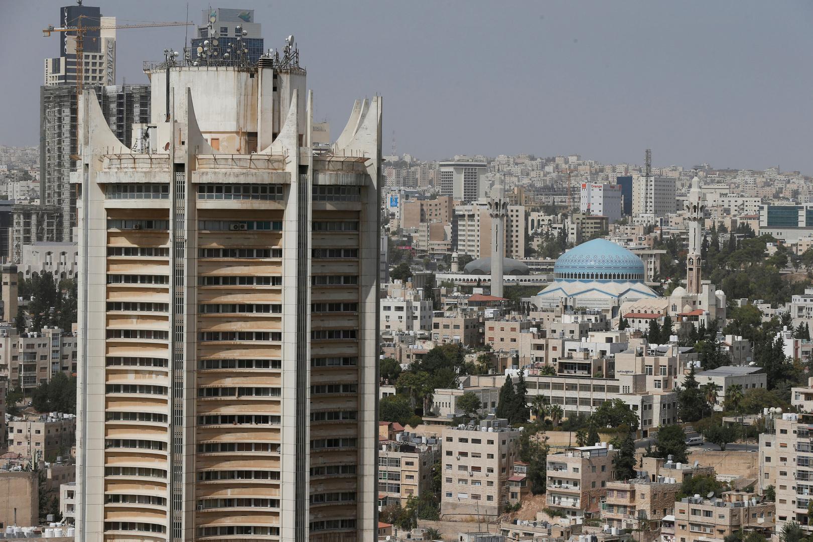 النيابة الأردنية تباشر التحقيق في مقطع  فيديو يظهر اعتداء على مواطنة أردنية بدولة عربية