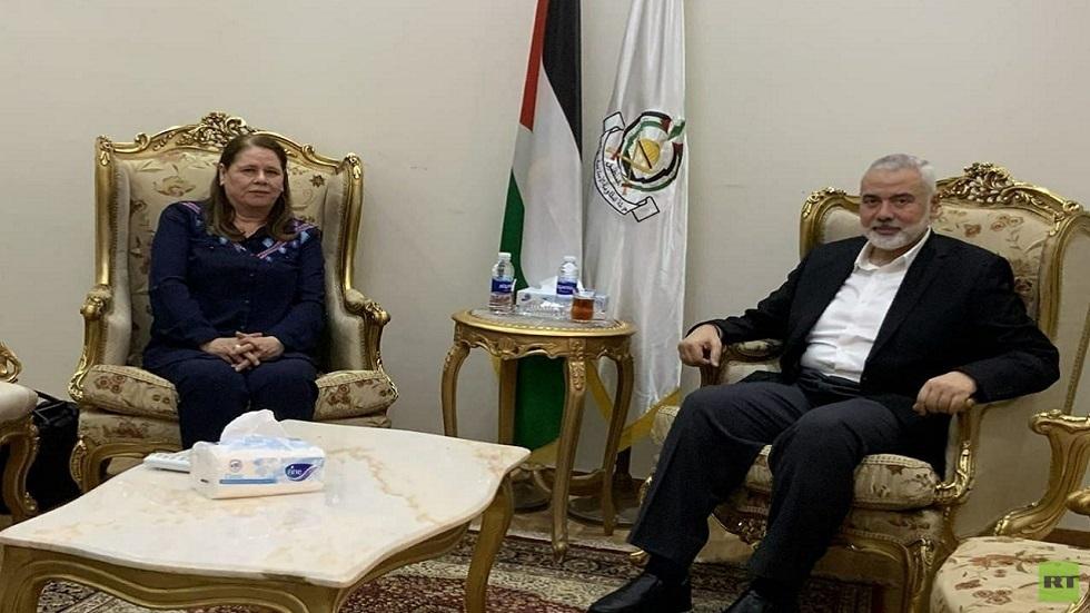 هنية يستقبل زوجة الأسير مروان البرغوثي في القاهرة
