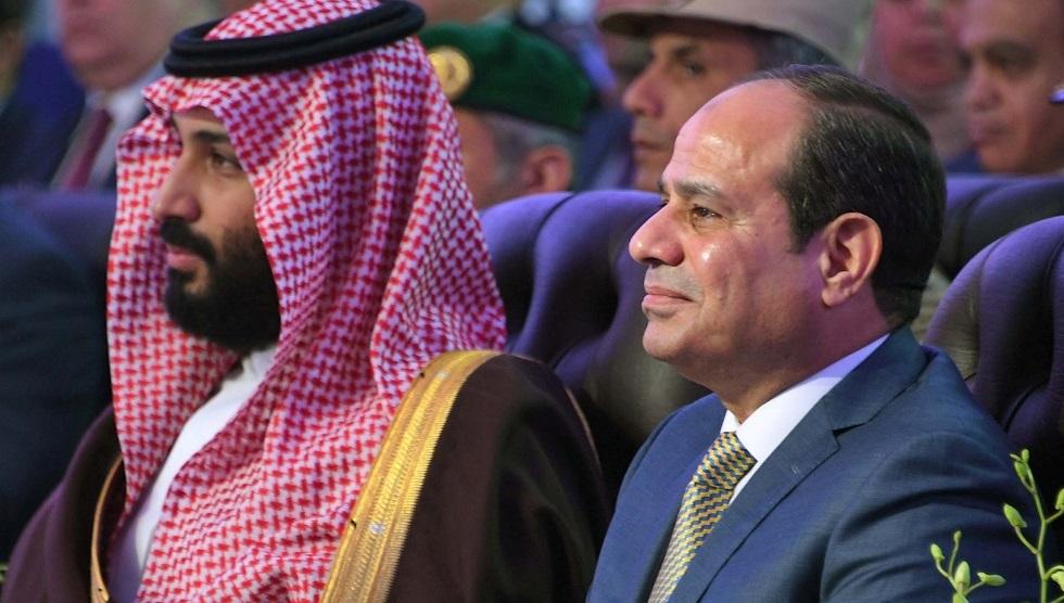 الرئيس المصري يستقبل ولي العهد السعودي (صورة)