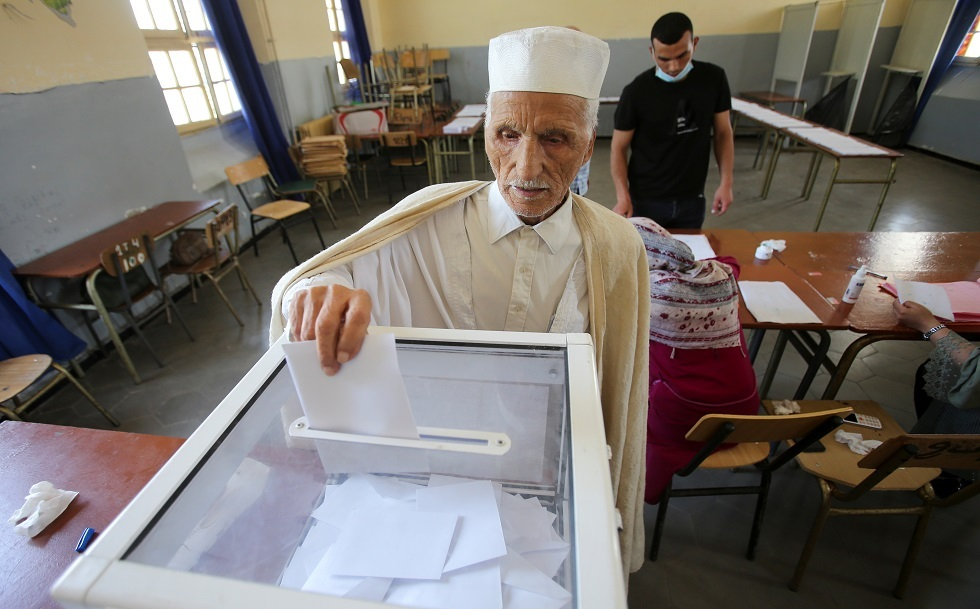 هيئة مراقبة الانتخابات الجزائرية تكشف نسبة المشاركة قبل ساعات من انتهاء التصويت