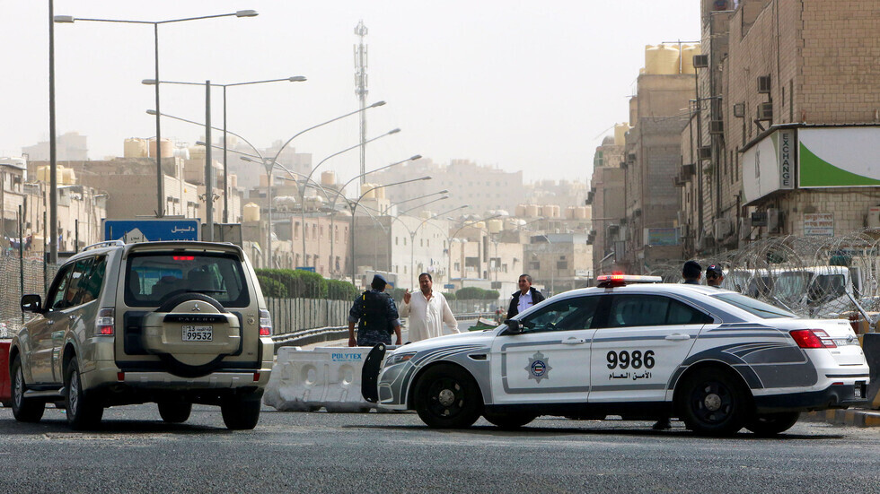 الكويت.. القبض على آسيوي متهم بتزوير أختام رسمية