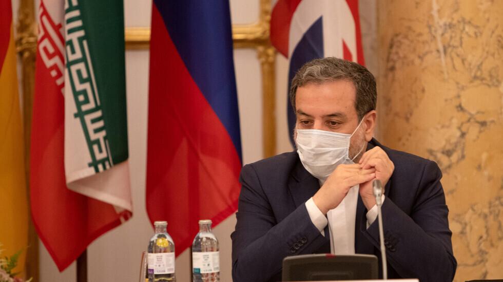 نائب وزير الخارجية الإيراني، عباس عراقجي، خلال مفاوضات فيينا حول إحياء الاتفاق النووي.