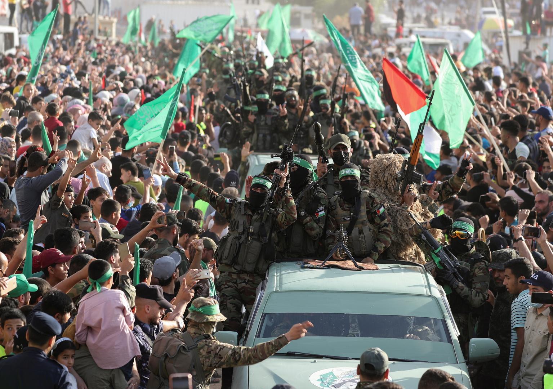 """مناصرو ومقاتلو حركة """"حماس"""""""