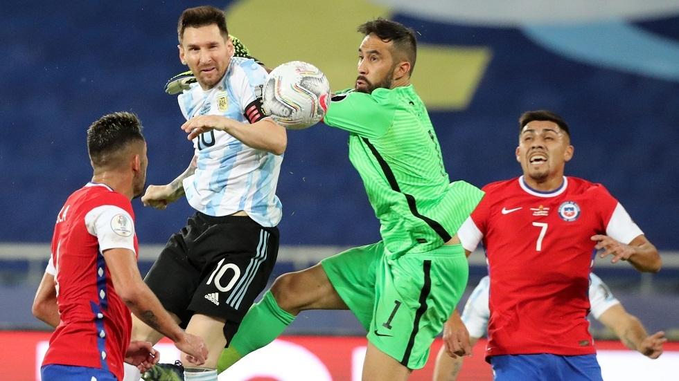 تشيلي تفرض التعادل على الأرجنتين في كوبا أمريكا (فيديو)