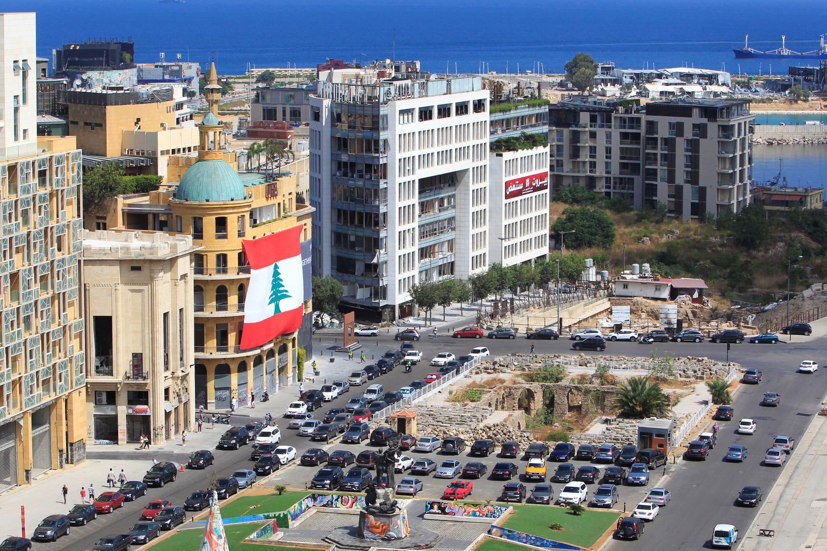 لبنان.. تلف حوالي 20 طنا من الحليب بعد انتهاء صلاحيتها في ظل المعاناة من ندرة هذه السلعة (صورة)