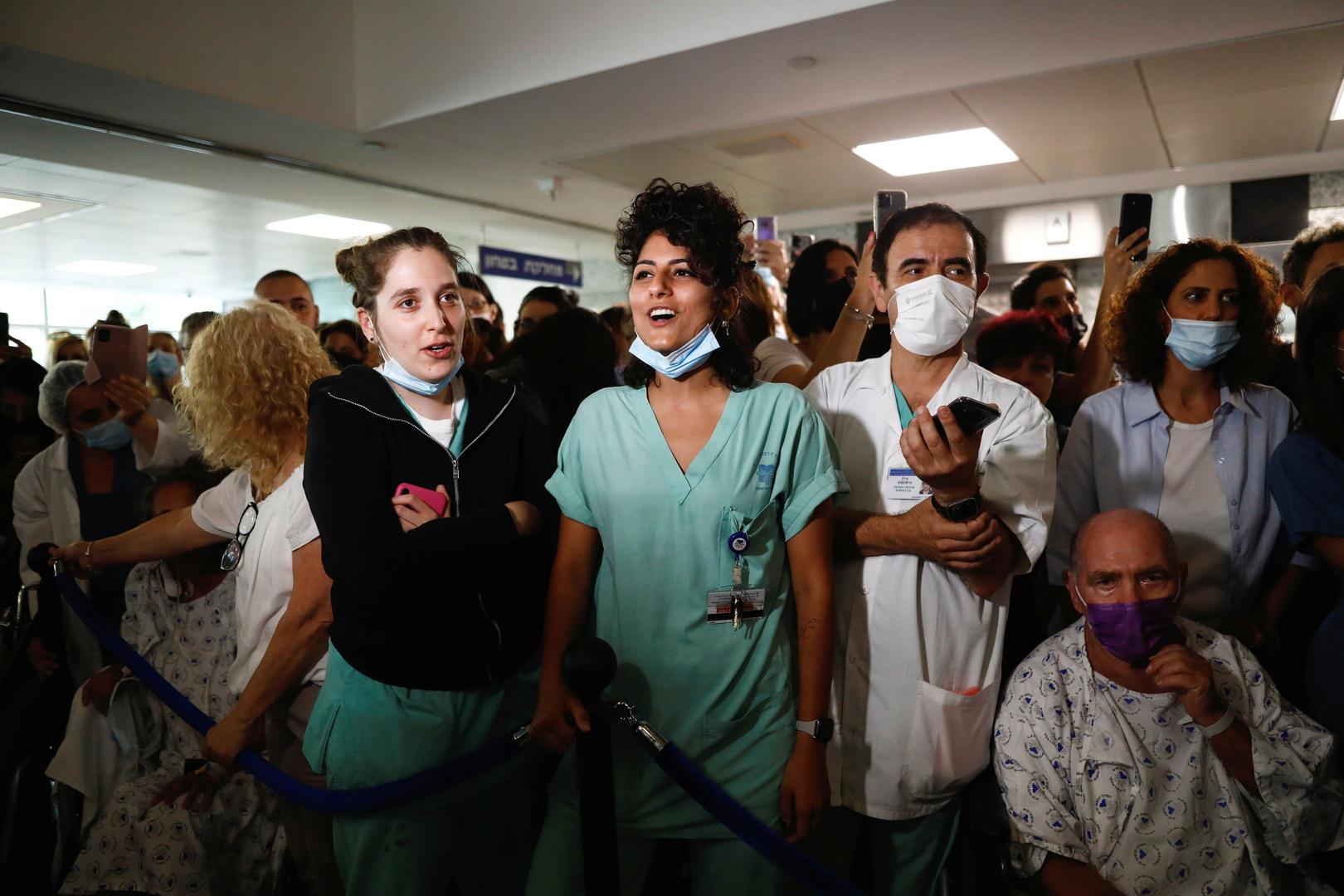 إسرائيل تستغني عن الكمامات اعتبارا من اليوم إلا في استثناءات محددة