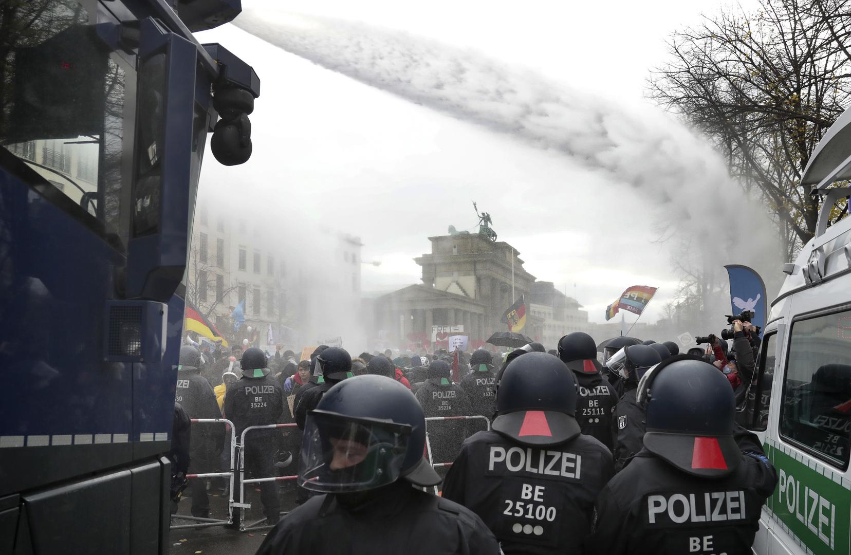 ألمانيا.. ارتفاع عدد المتطرفين اليمينيين العام الماضي