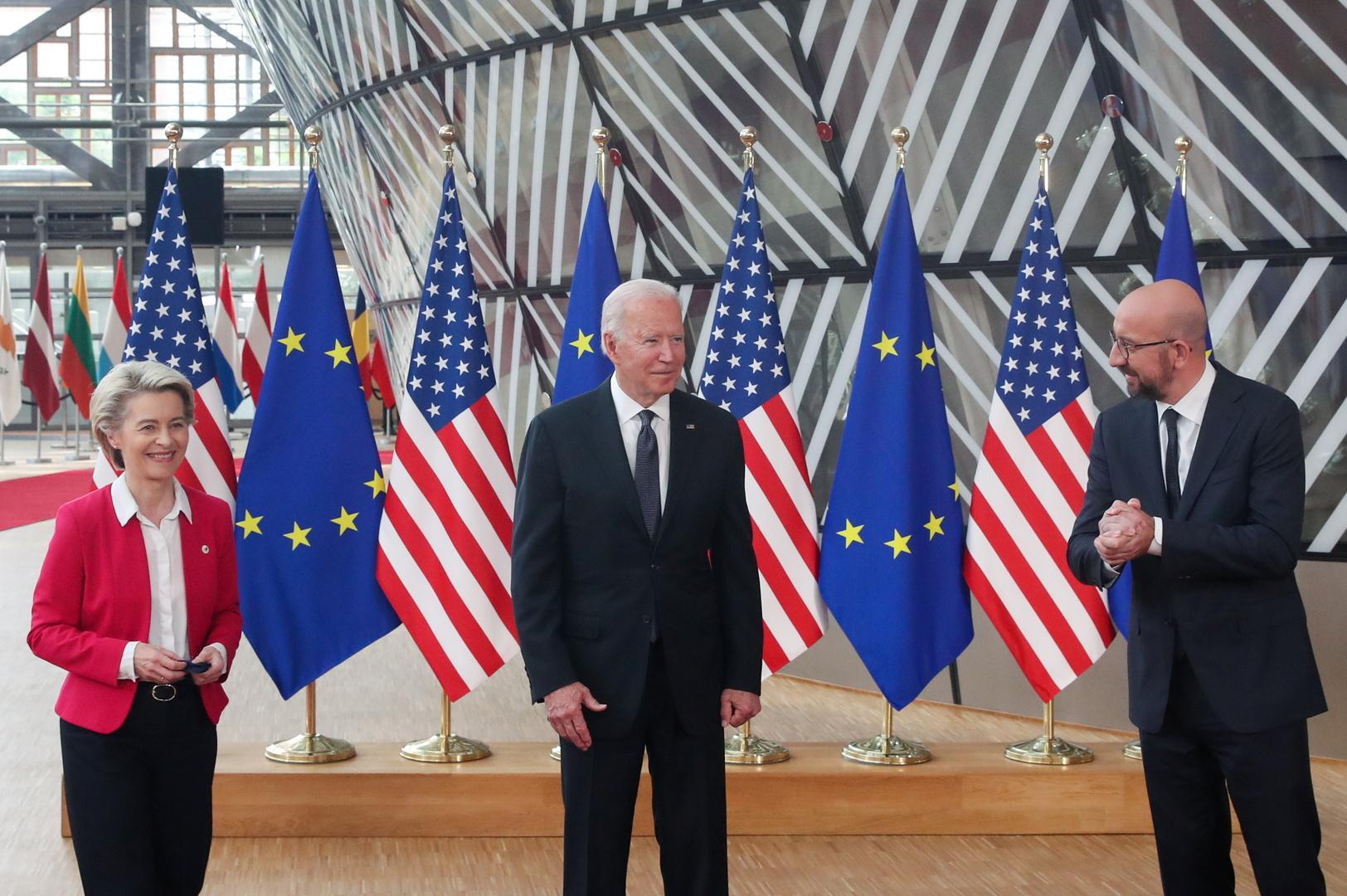 رئيس المجلس الأوروبي شارل ميشيل ورئيس الولايات المتحدة جو بايدن ورئيسة المفوضية الأوروبية أورسولا فون دير لاين