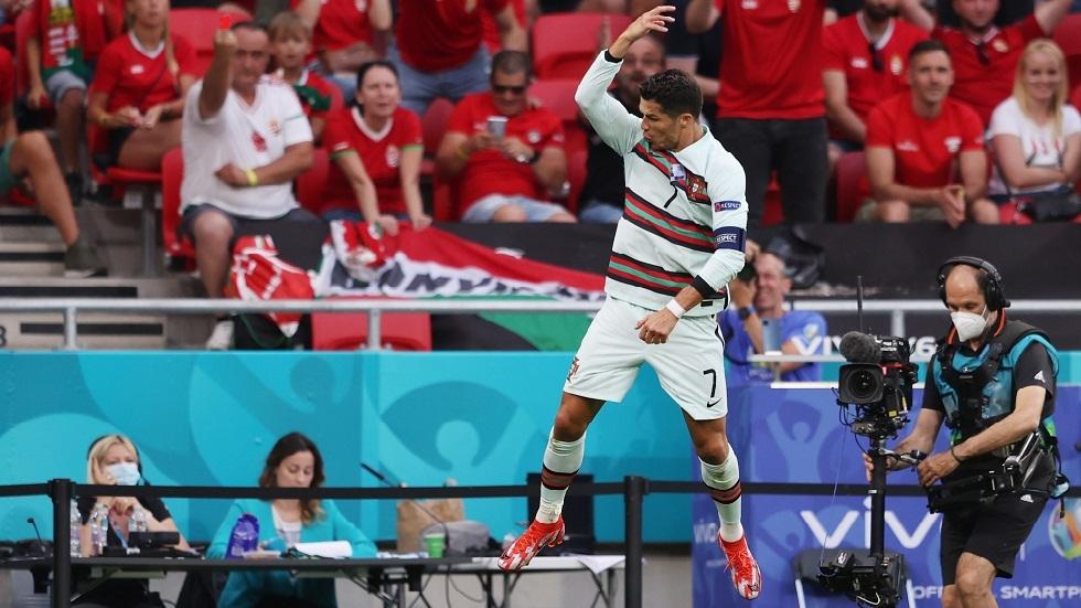 في ليلة تحطيمه للأرقام القياسية.. رونالدو يقود البرتغال للفوز على هنغاريا بثلاثية نظيفة (فيديو)